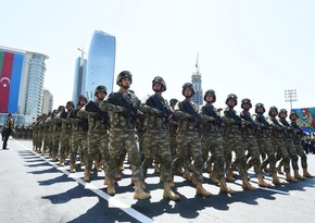 Azerbaijani military men leave for Moscow