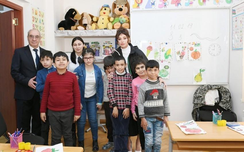 Первый вице-президент Мехрибан Алиева посетила столичную спецшколу номер 268