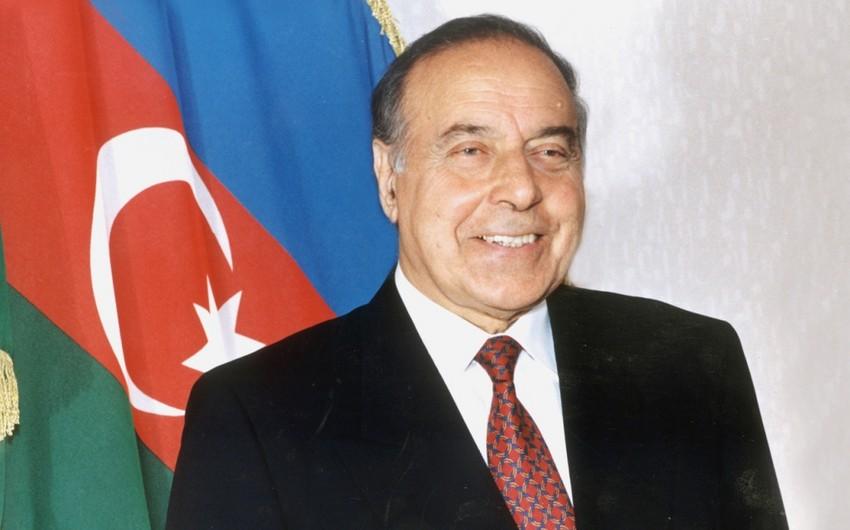 Исполняется 12-ая годовщина со дня смерти общенационального лидера Гейдара Алиева