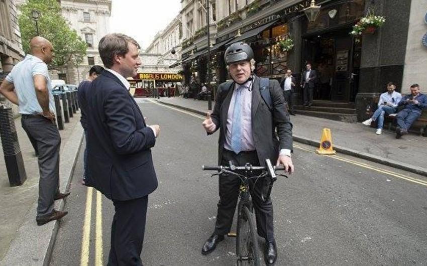 Böyük Britaniyanın baş naziri özünün ən pis hərəkətindən danışıb - FOTO