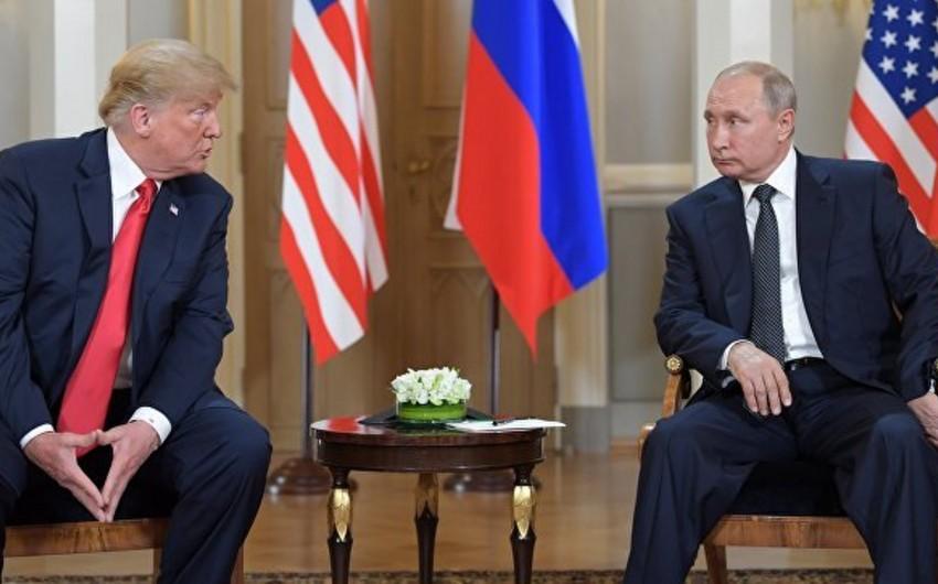Путин предложил Трампу провести встречу в Париже
