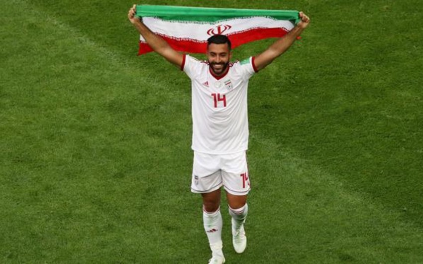 FIFA İran yığmasının futbolçusunu diskvalifikasiya edib
