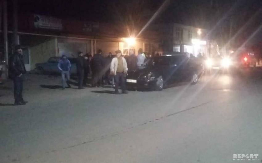 Cəlilabadda iki minik avtomobili toqquşdu - VİDEO