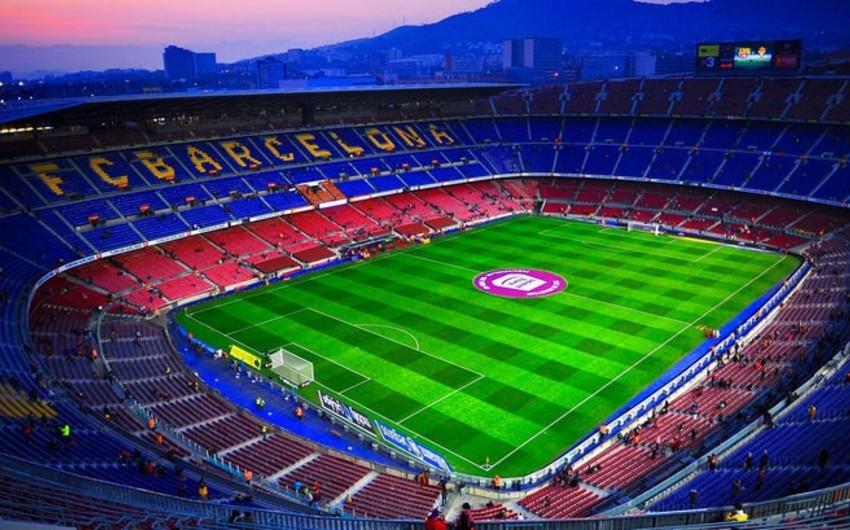 Barselona Nou Kamp stadionunun ad hüququnu satır
