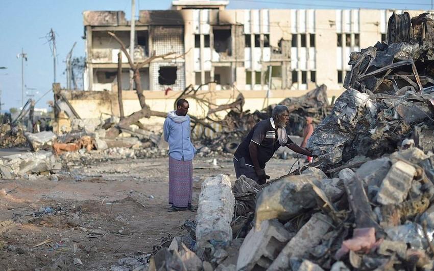 Somalidə hərbi bazaya hücum:  -