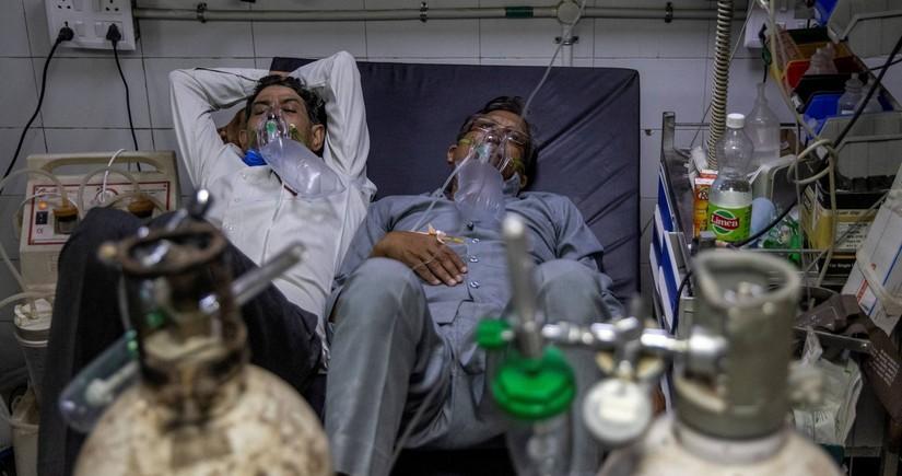 Pandemiya Hindistanda: Bir gündə 267 min yoluxma, 4,5 mindən çox ölü