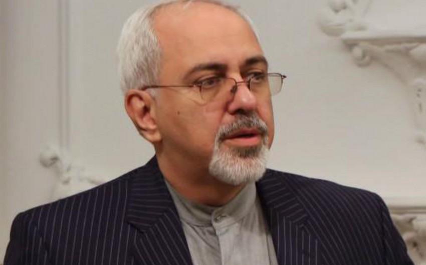 """Zərifdən etiraf: """"İran ABŞ-la müharibəyə çox yaxın idi"""""""
