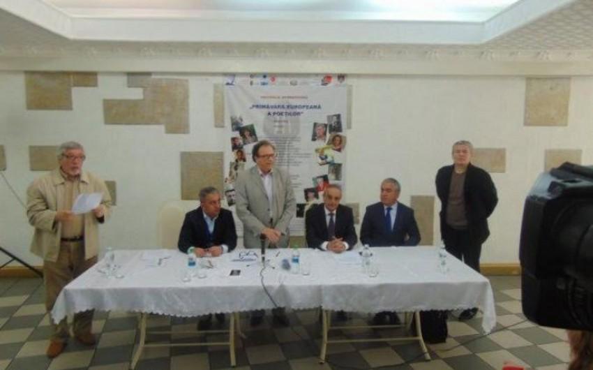 Azərbaycan şairi Moldovada Beynəlxalq Poeziya Festivalında iştirak edir