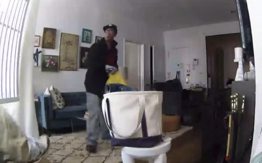 Nyu-York sakini evindəki oğurluq hadisəsini canlı izləyib - VİDEO