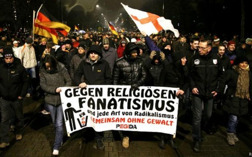 Alman məşhurları islamofobiyanı pisləyiblər