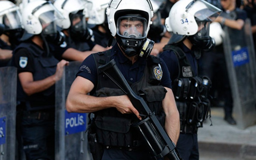 Media: 1 policeman killed and 2 injured in a shootout with militants in southeast Turkey