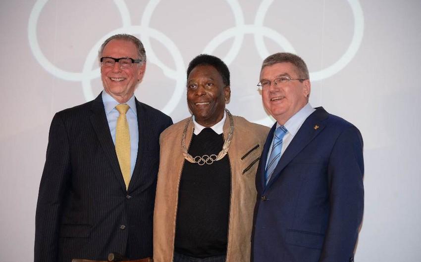 Pele Olimpiya Ordeni ilə təltif edilib