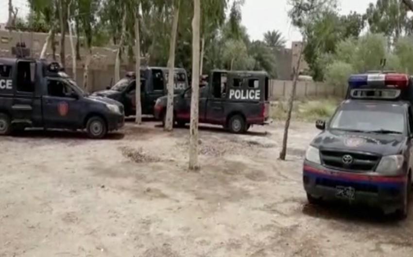 Pakistanda atışma olub: 13 nəfər ölüb, 20 sakin yaralanıb