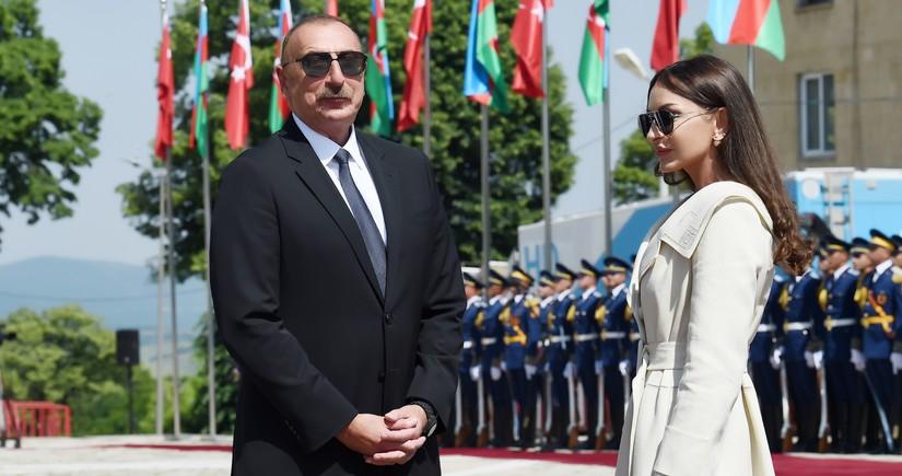 Milli Majlis congratulates President Ilham Aliyev and Mehriban Aliyeva