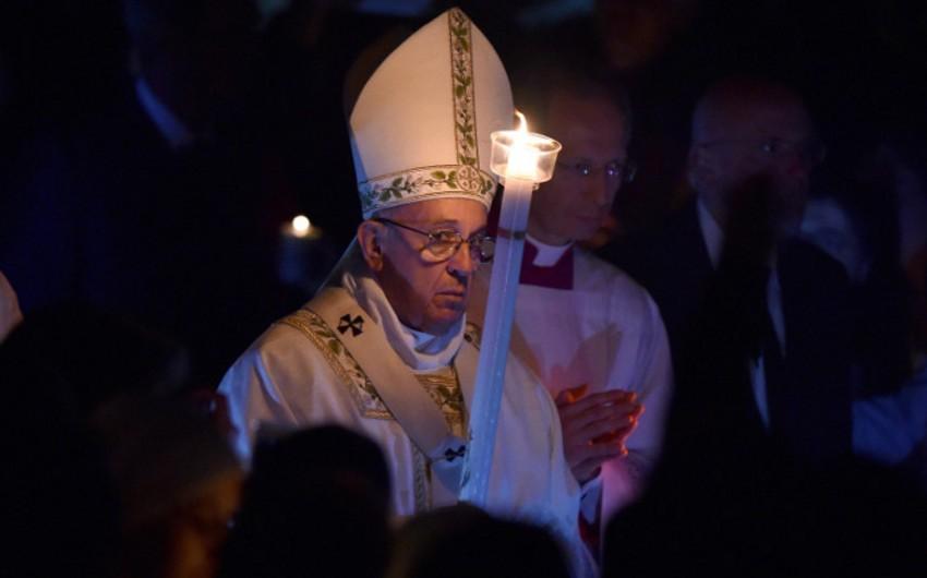 Папа римский осудил брюссельские теракты в пасхальной речи