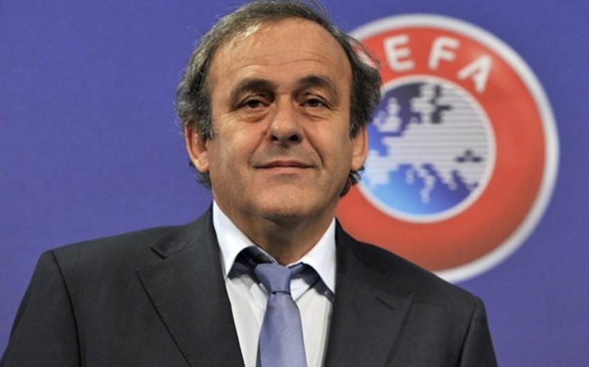 Глава УЕФА Платини выдвинет свою кандидатуру на выборах президента ФИФА