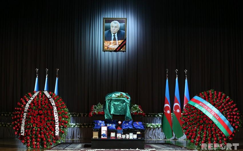 Натиг Алиев похоронен во IIАллее почетного захоронения  ФОТО  ОБНОВЛЕНО