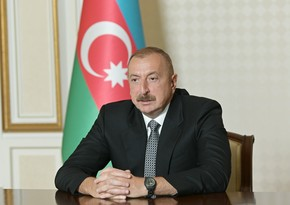 Ilham Aliyev extends holiday greetings to South Korea