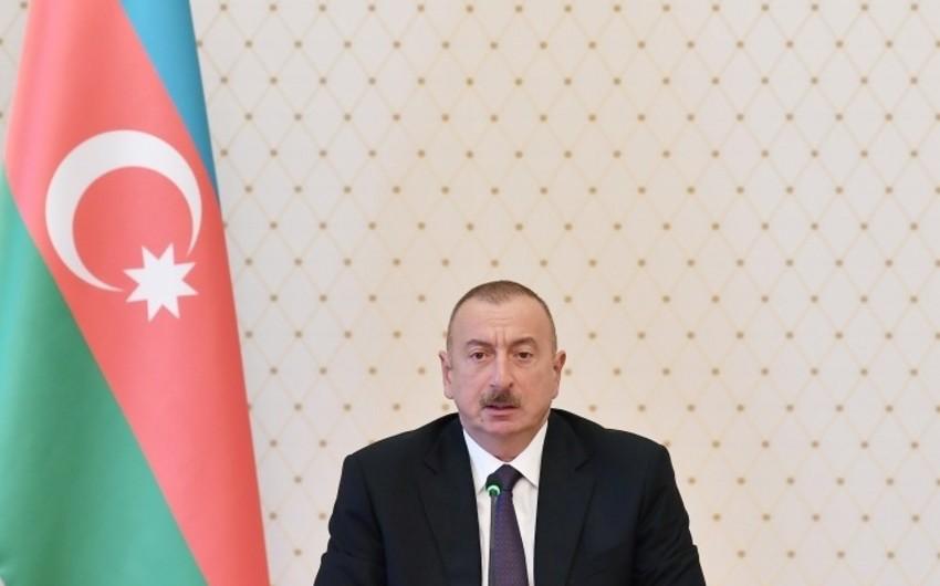 При президенте Ильхаме Алиеве прошло совещание, связанное с социально-экономической сферой - ДОПОЛНЕНО