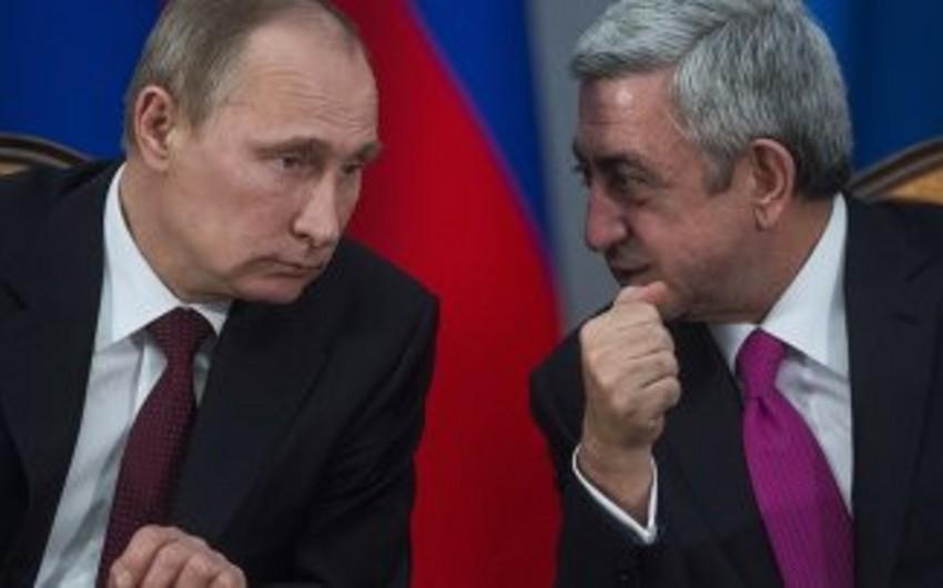 Putin Ermənistanın Avrasiya İttifaqına daxil olması haqqında hökumətin müqavilə imzalamaq təklifilə razılaşıb