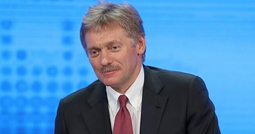 Kremlin sözçüsü: Putinin peyvənd olunmasından xəbərsizəm