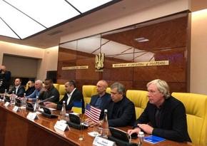 Официальные лица США по приглашению азербайджанца посетили Украину