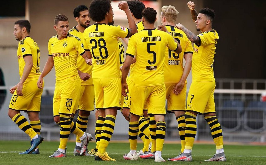 """""""Borussiya Dortmund"""" """"Paderborn""""u darmadağın edib"""