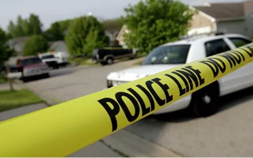 Texasda polis əməkdaşları güllələnib