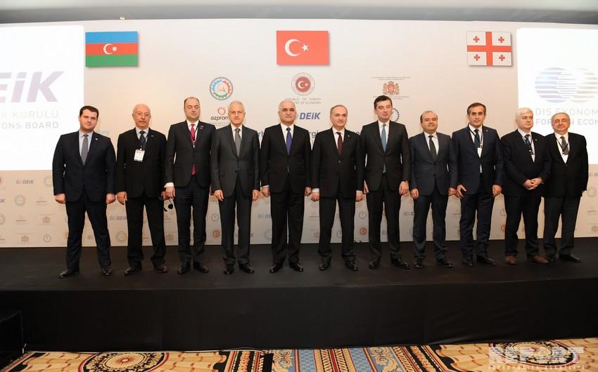 İstanbulda Türkiyə-Azərbaycan-Gürcüstan biznes-forumu keçirilir