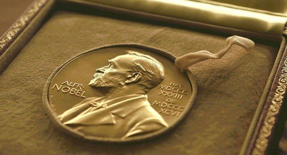 Fizika sahəsində Nobel mükafatçılarının adları açıqlanıb
