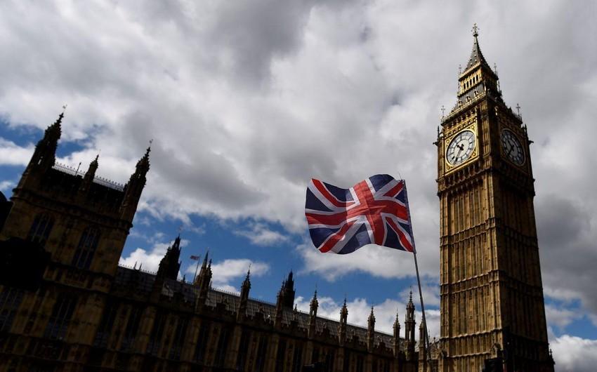 Böyük Britaniyada terror təhlükəsinin səviyyəsi aşağı salınıb