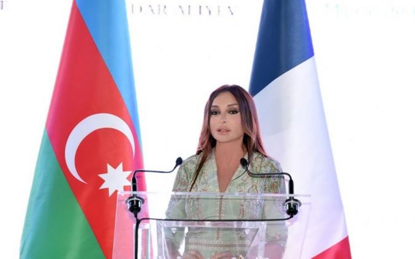 Fransanın Kann şəhərində Azərbaycan Mədəniyyəti Günlərinin açılışı olub