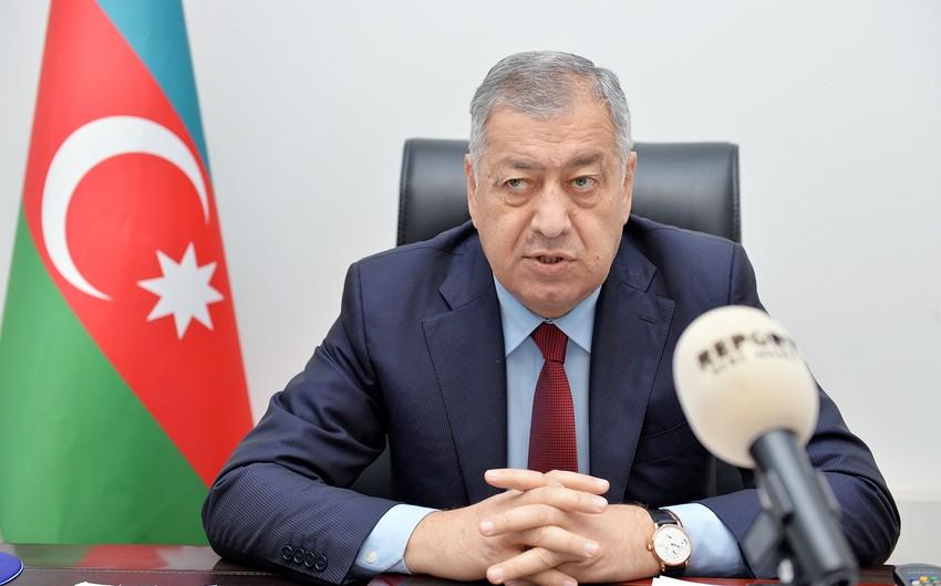 """Deputat Vahid Əhmədov: """"Neftin qiyməti 60 dollar civarında qalacaqsa, manat zəifləməyəcək"""" - MÜSAHİBƏ"""