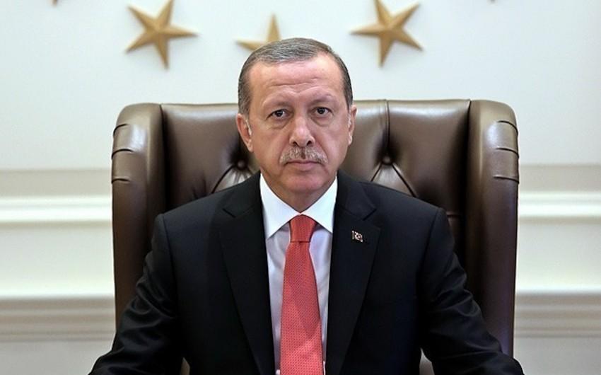 Zaman qəzeti Rəcəb Tayyib Ərdoğana 10 min lirə təzminat ödəcəyək