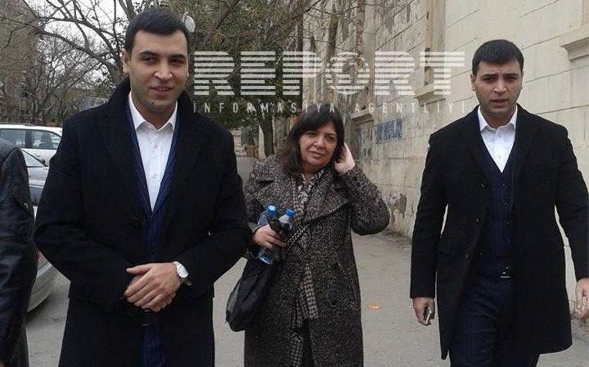 Один из братьев, обвиняемых в избиении дочери Гамлета Исаханлы, сделал заявление журналистам - ФОТО