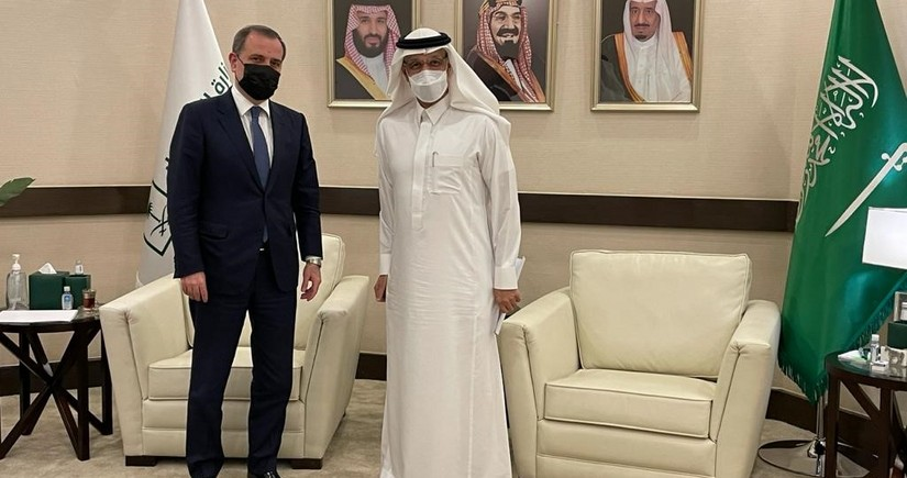 Азербайджан предложил Саудовской Аравии участвовать в восстановлении освобожденных земель