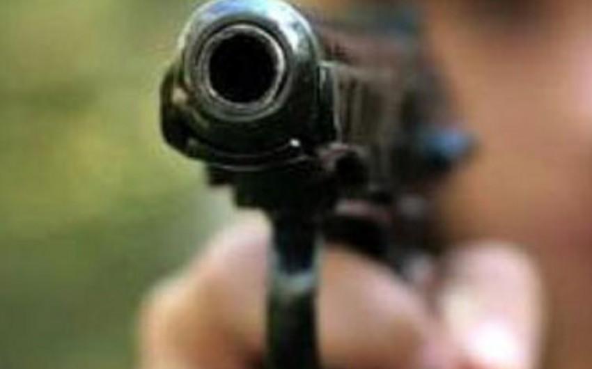 Bakı sakini odlu silahla intihar edib