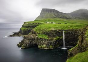 Исландия планирует открыть границы для иностранных туристов