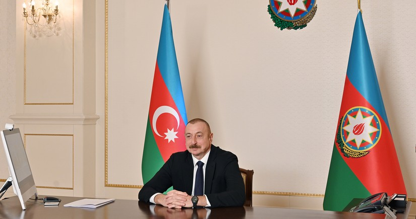 Azerbaijani leader urges Karabakh mediators to come up with fresh proposals