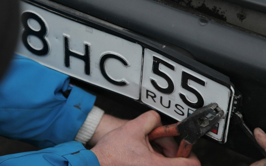 Ermənistanda avtomobillərdən Rusiya dövlət nömrə nişanları oğurlanır