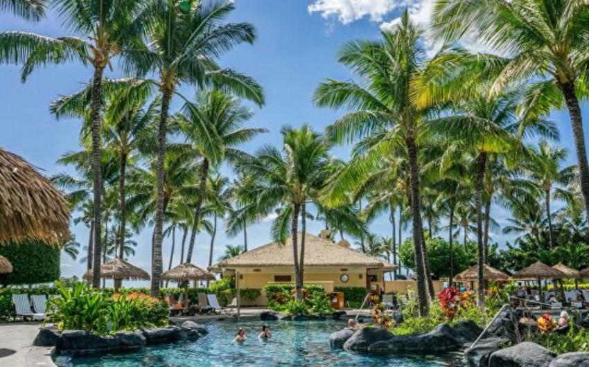В США закрывают пляжи и парки из-за роста заболеваемости COVID-19