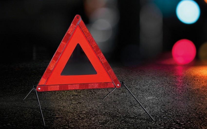 В Баку при столкновении автомобилей пострадал 34-летний мужчина