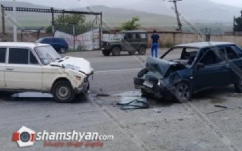 В Армении произошло ДТП с участием военного, есть пострадавшие