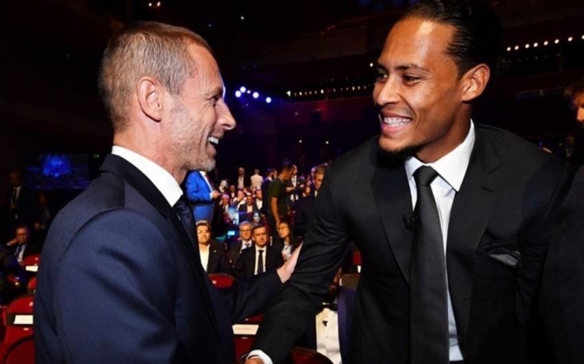 UEFA ən yaxşı futbolçuları mükafatlandırıb