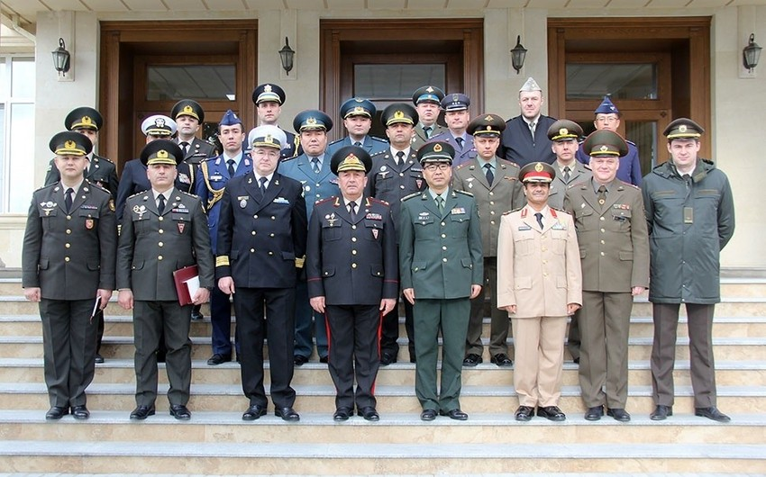 Военные атташе зарубежных стран в Азербайджане посетили Военный лицей