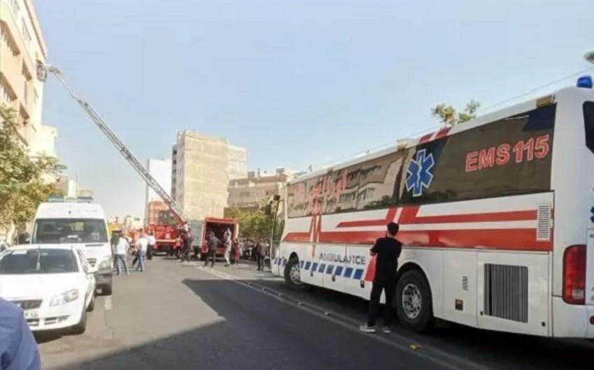 Təbrizdə kimyəvi müəssisədə partlayış olub, 20 nəfər yaralanıb
