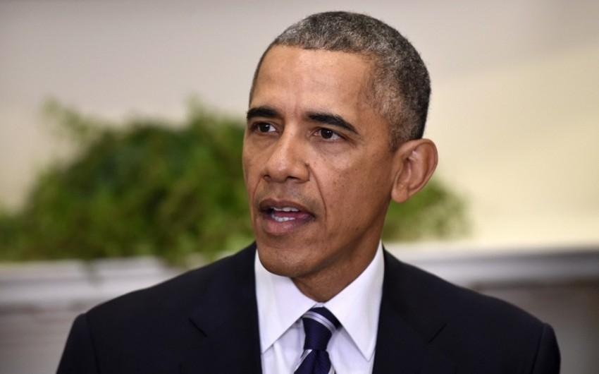 Obama İrana qarşı sanksiyaların müddətini daha bir il uzadıb