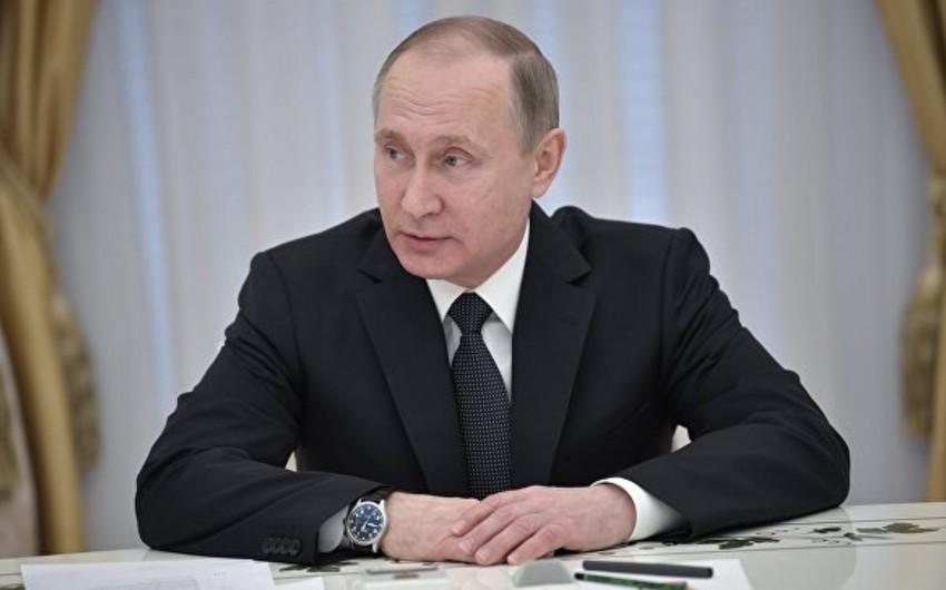 Putin qatar qəzasının nəticələrinin aradan qaldırılması ilə bağlı zəruri tədbirlərin görülməsini tapşırıb