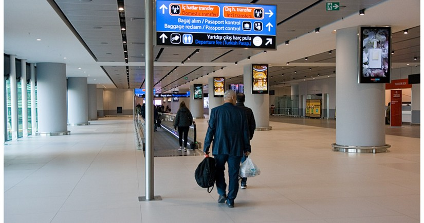 Türkiyə aviasərnişinlərin məcburi test tələbinin müddətini artırıb