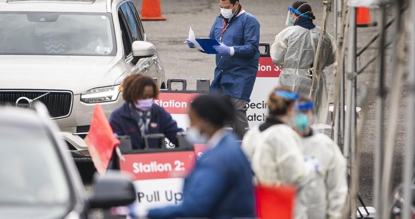 В США от коронавируса привились более 40% жителей